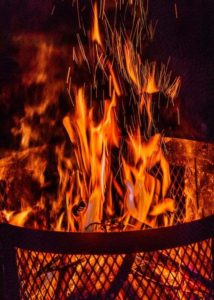 picture-showing-flames-from-a-fire-pit